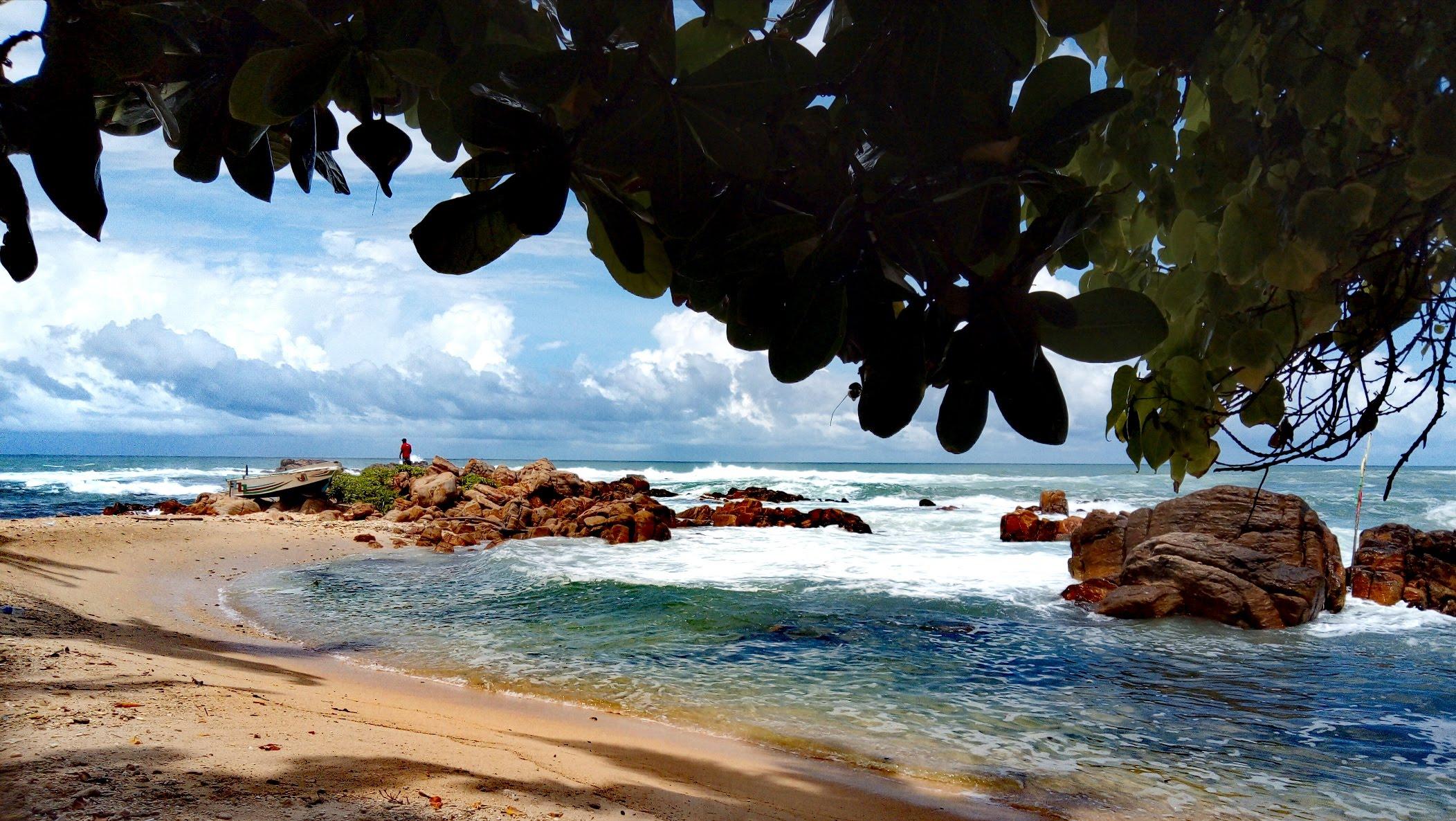 Plage de Mirissa secret beach