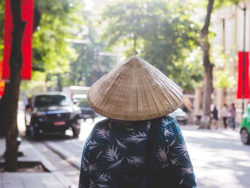 Habitante du vieux quartier de Hanoi au Vietnam