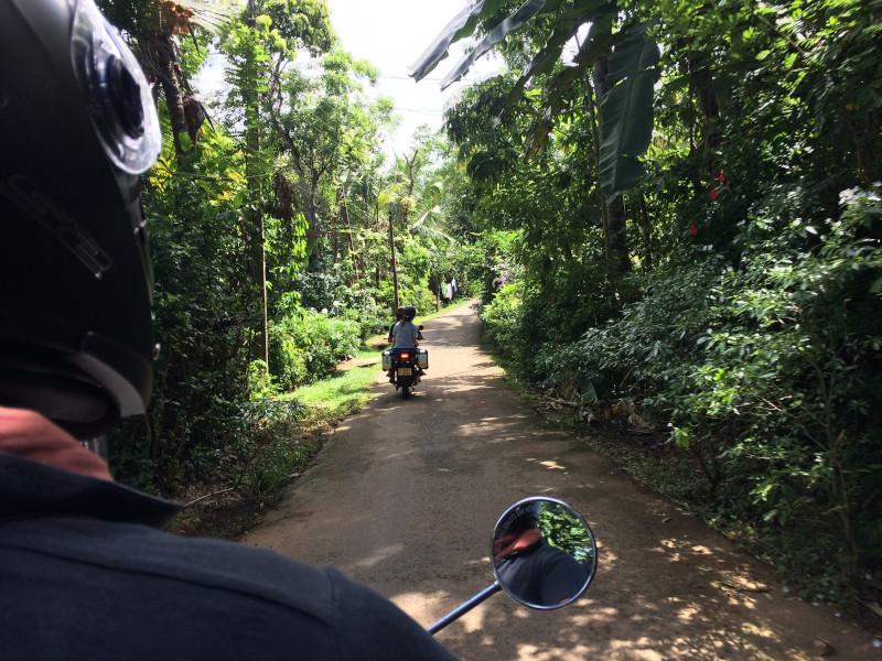 Escapade en moto Royal Enfield au Sri Lanka