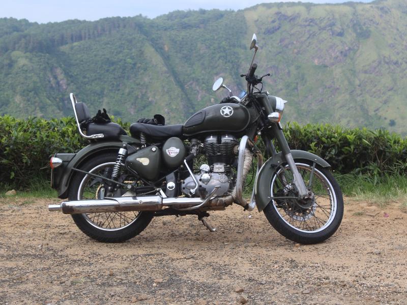 Moto Royal Enfield au Sri Lanka
